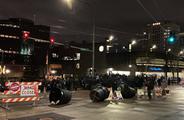 美国多地出现抗议示威活动 并引发暴力冲突